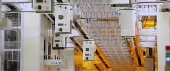 """光刻机巨头宣布对中国""""开绿灯""""!美国:或安排2288亿芯片计划"""